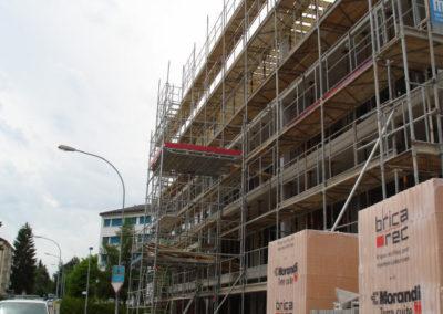 Montage pour la construction d'immeubles ou de villas