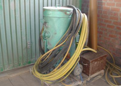 Location sableuse 100 litres avec commande à distance